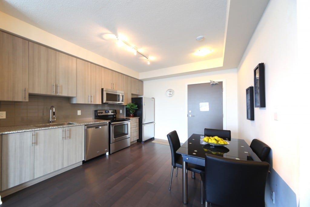 IMG 5130. Furnished Apartments   Short Term Rentals Mississauga   City Gate
